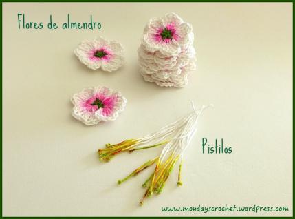 Centro primaveral con flores de almendro
