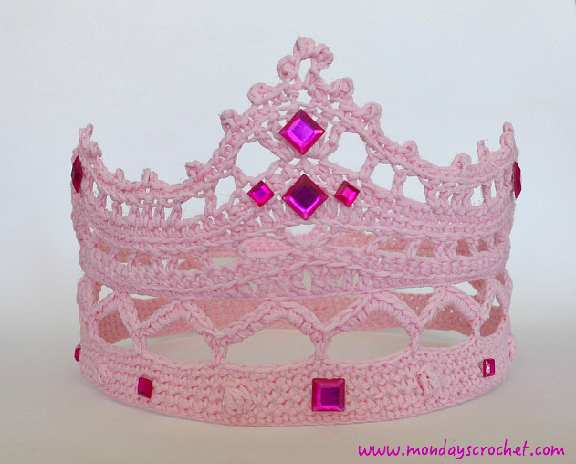CORONA DE PRINCESA DE CROCHET / PRINCESS CROWN |