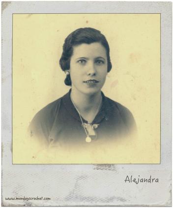 Alejandra marco gris
