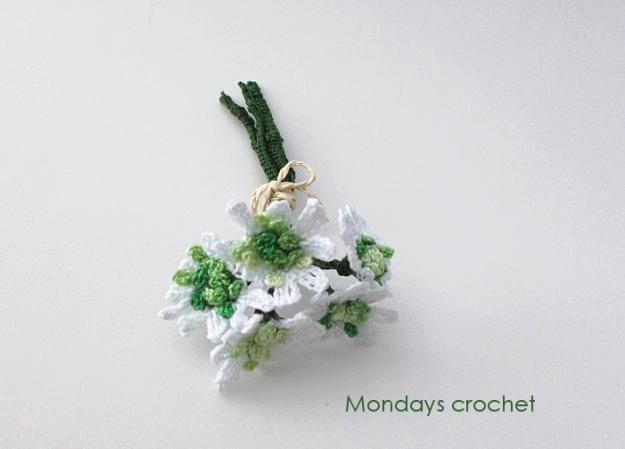 Flor primaveral de crochet Ramo-flores
